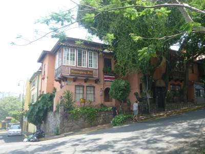 Great corner location in Barrio Amon