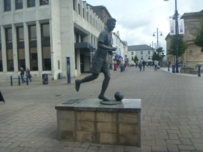 Bertie Peacock Statue in Coleraine.