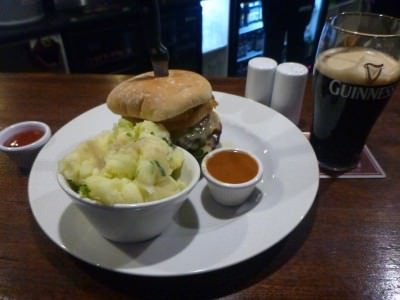 Beer and Burger at the Fullerton Arms.