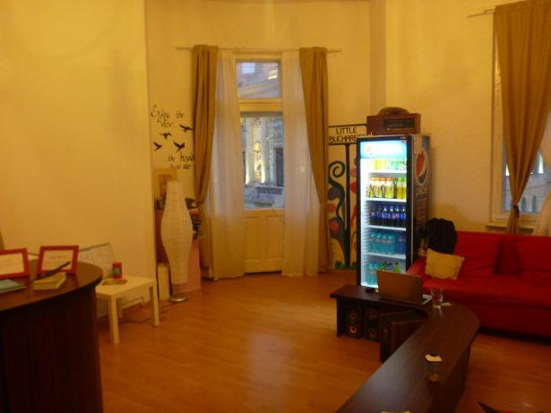 Relaxing Lounge at Little Bucharest Hostel, Bucharest