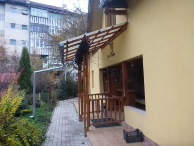 Why you should stay at the Dor de Bucovina Hostel.