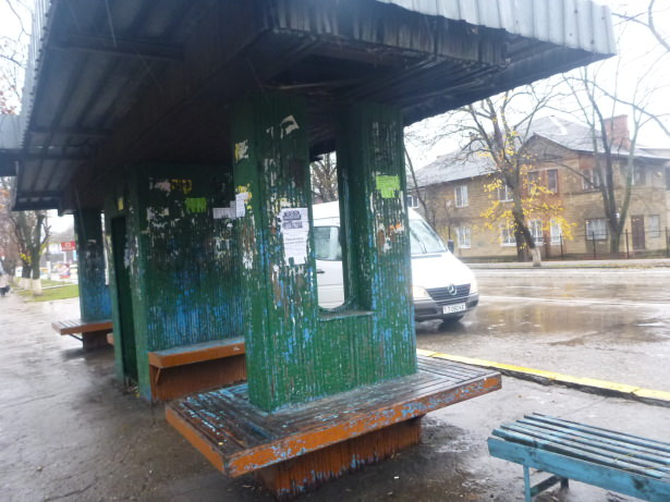 Bus stop in Tiraspol.