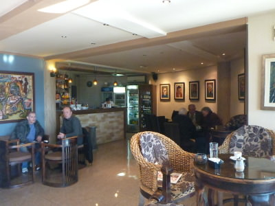 Bar and restaurant in Hotel Keto.