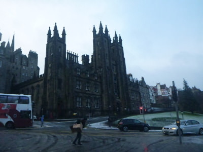 Backpacking in Scotland - exploring Edinburgh, the capital city.