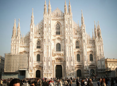 Backpacking in Milan - top sights - the Duomo.