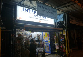 Internet Cafe in Victoria, London