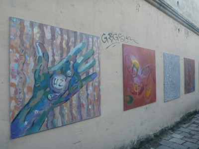 Wall murals in Uzupis