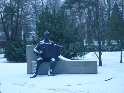 Raimond Valgre monument