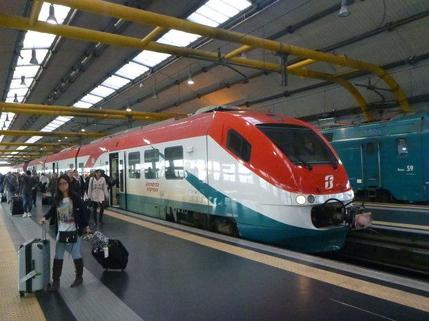 Rome Termini Station - getting a train to the airport