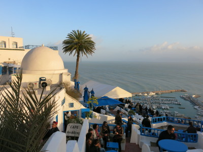Backpacking in Tunisia: Touring The Blue and White Charm of Sidi Bou Said
