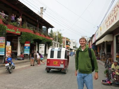 Yay I'm in America!! Touring Panajachel in Guatemala.