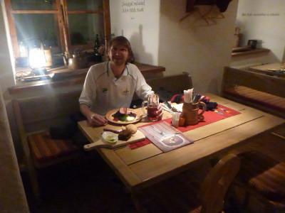 Kuldse Notsu Kovts - a traditional Estonian restaurant in Tallinn