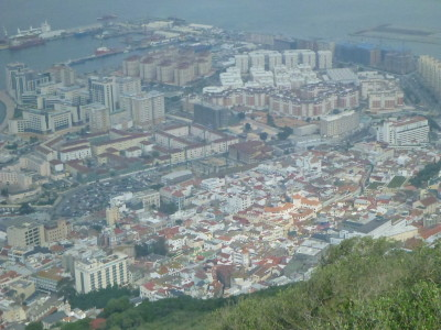 Backpacking in Gibraltar - top sights at the top of the rock