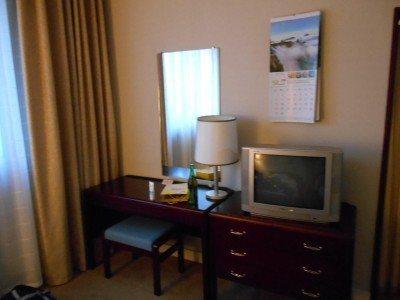 Desk, mirror and TV