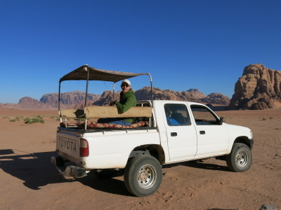 A free lift through the desert? Yes please!