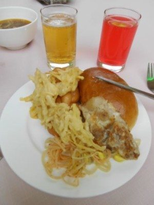 Dinner at the Yanggakdo Hotel