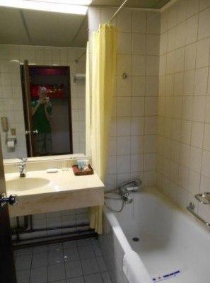 Our bathroom in the Yanggakdo Hotel