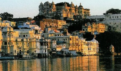 Backpacking in India: Udaipur Lake City
