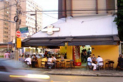 Rei Das Batidas on the corner of Avenida Valdemar Ferreira