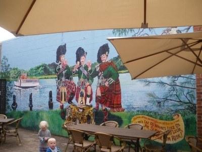 Wall mural in Maclean