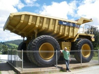 A massive truck at Waihi Gold Mines.