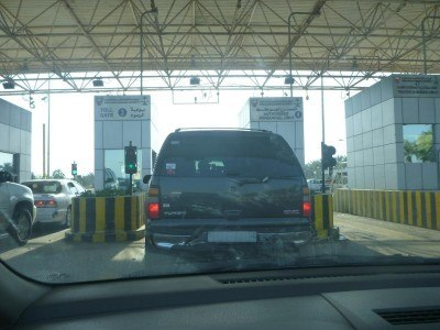 Driving through to the border point