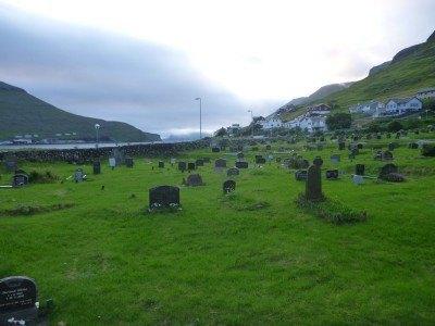 The graveyard in Sørvágur