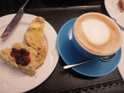 Coffee and scones in the Starfish Cafe at Cairn Bay Lodge
