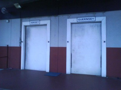 One door for Guernsey, the other for Jersey - world's craziest borders ;-)