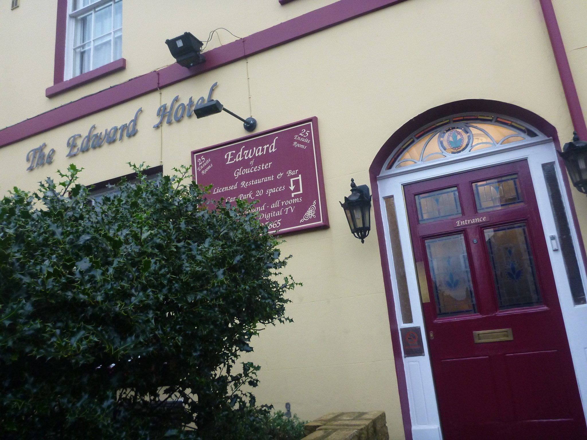 Staying at the Quaint, Quirky, Puzzling Edward Hotel in Gloucester, England