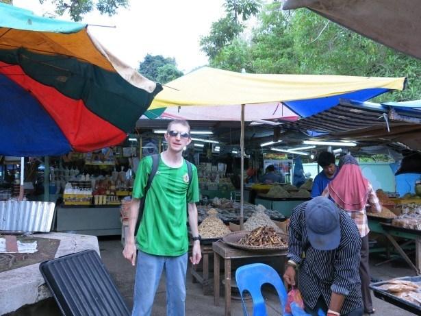 Backpacking in Bandar Seri Begawan in Brunei in my own reality show