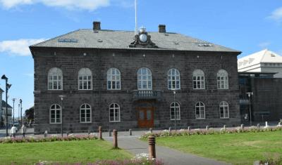 Icelandic Parliament: Alpingishus