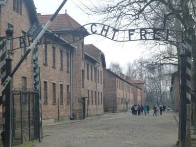 The notorious Auschwitz gates photo: Arbeit Macht Frei