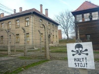 Touring Auschwitz I
