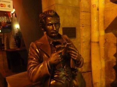 Leopold Masoch statue