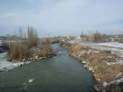 The river separating Kazakhstan from Kyrgyzstan