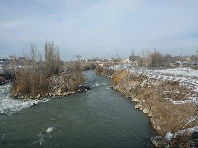The river separating Kazakhstan from Kyrgyzstan
