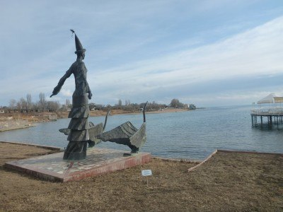 Statues by the lake