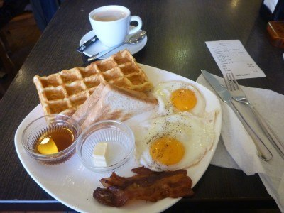 The breakfast at Sierra Coffee on Manas Avenue