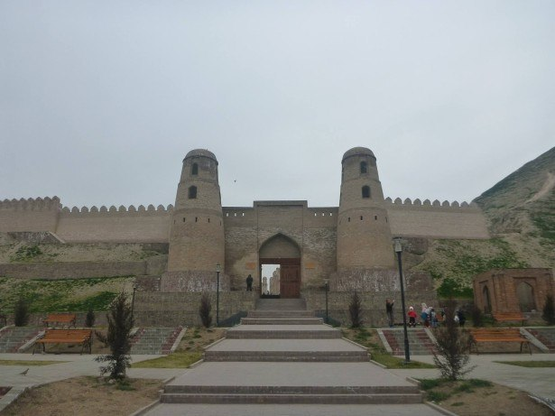 Backpacking in Tajikistan: Touring Hissar Fort