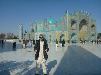 Harat Ali's tomb and the Blue Mosque in Masar e Sharif. Stunning.