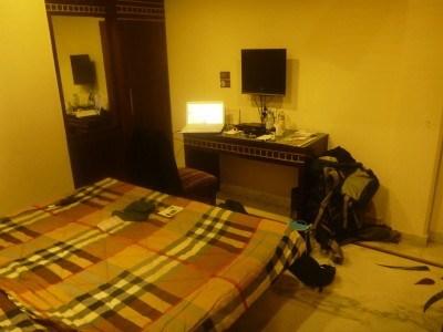 Blogging from my room at Smyle Inn