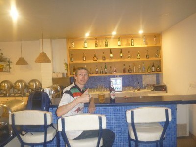 Having a beer at the resident bar Sea Sap