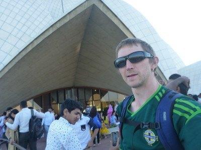 Backpacking New Delhi: Lotus Baha'ai Temple