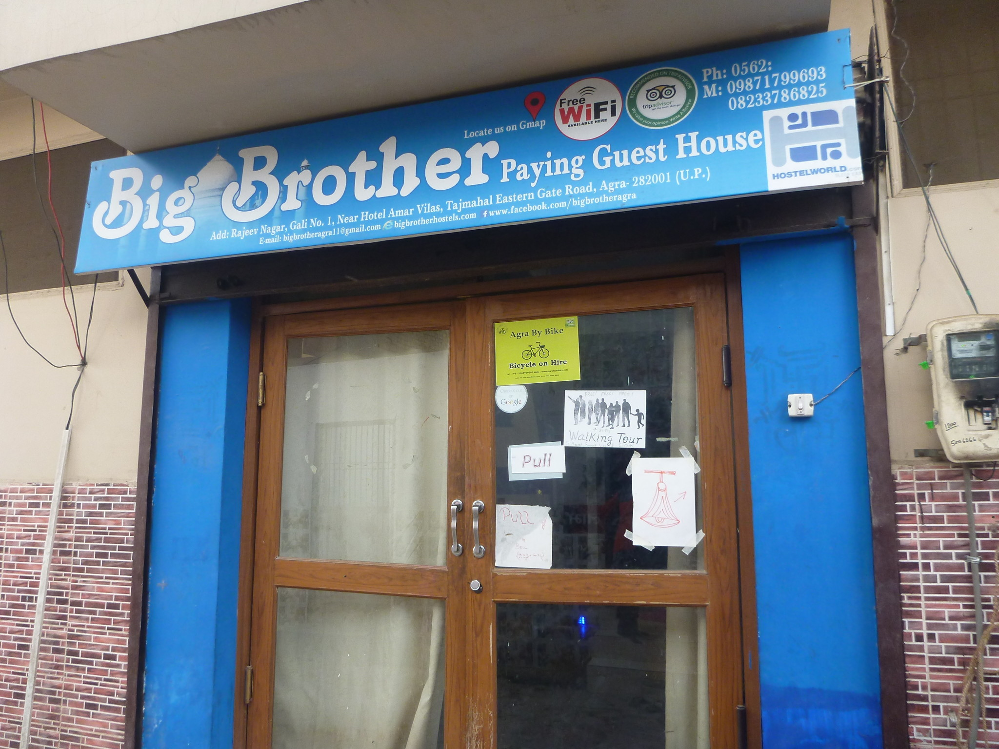 Staying at the Closest Hostel to the Taj Mahal: Big Brother Hostel, Agra, India