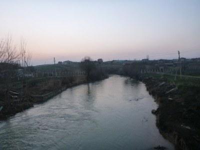 The river at the border between Uzbekistan and Kazakhstan