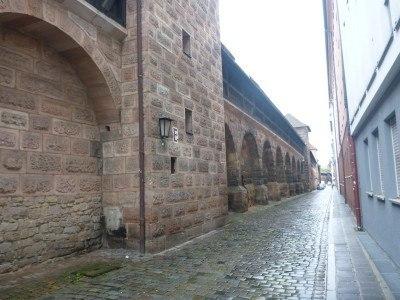 Frauentormauer StraBe