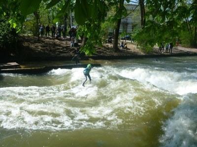 Surfing at English Garten