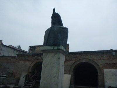 Vlad Tepes head bust