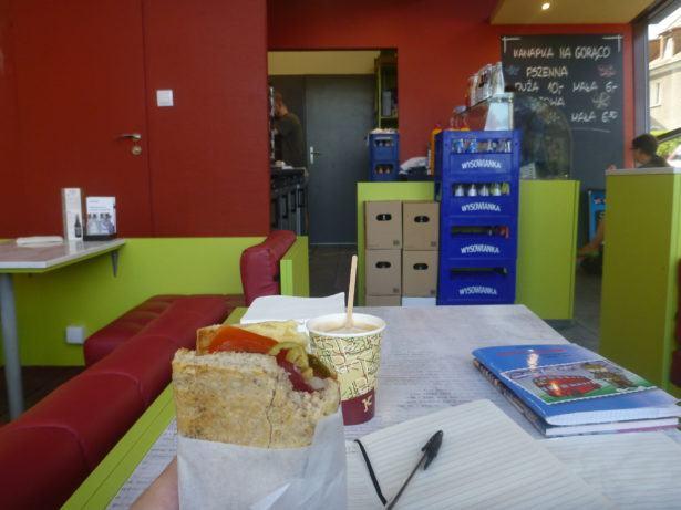 Sandwich and coffee at Kamapowo